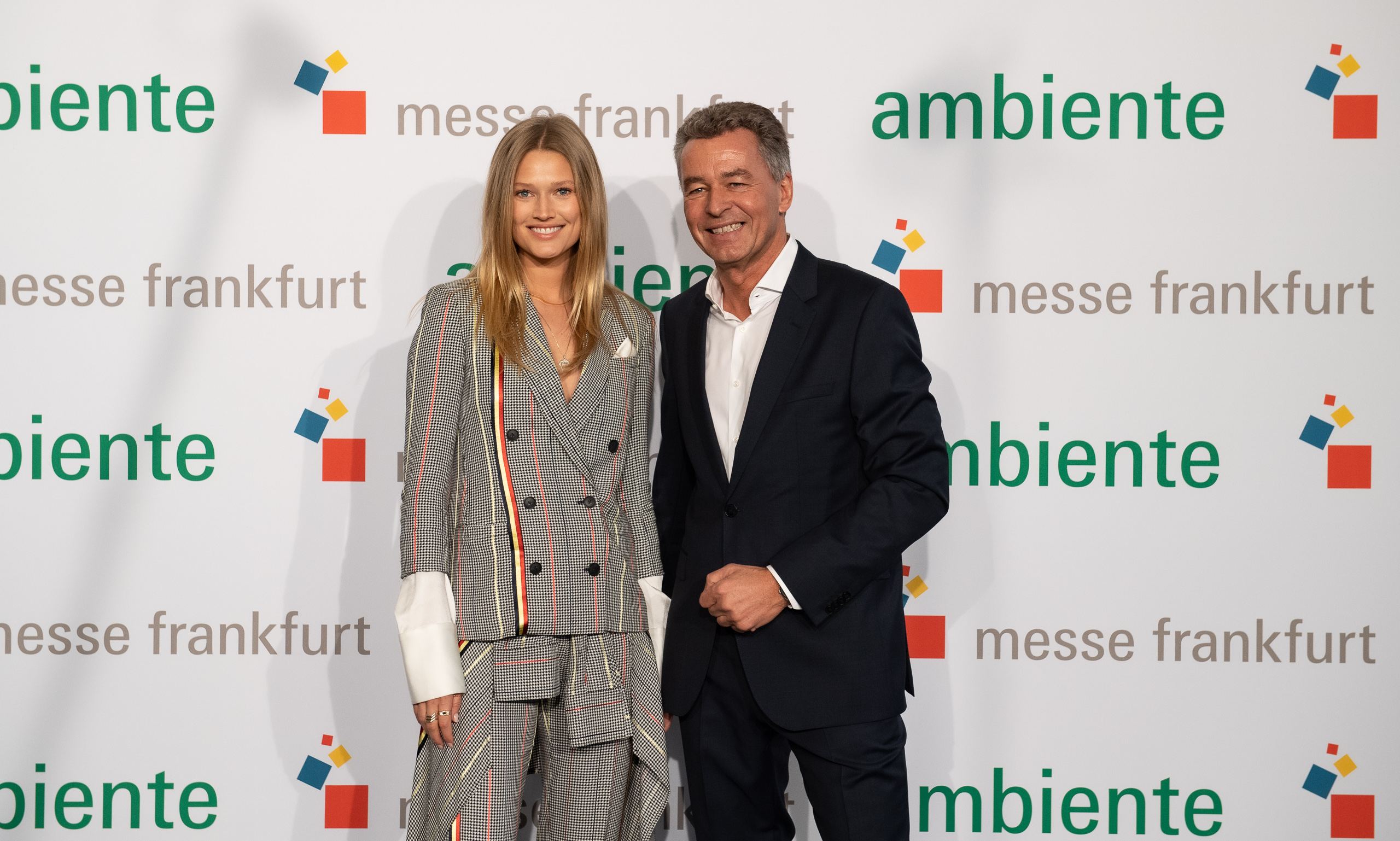 Toni Garrn visiting Ambiente (from left to right: Toni Garrn, Detlef Braun, Member of the Executive Board of Messe Frankfurt)